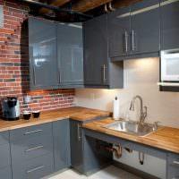 Кирпич и дерево в дизайне кухонного помещения