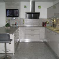 Фото реальной кухни с полуостровом