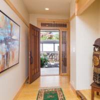 Интрьер прихожей частного дома в китайском стиле
