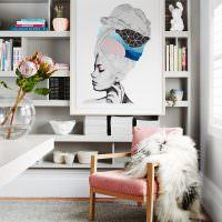 Кресло с накидкой в интерьере гостиной