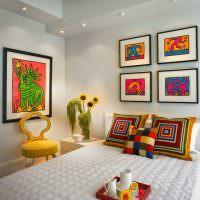 Декоративные подушки с геометрическим рисунком