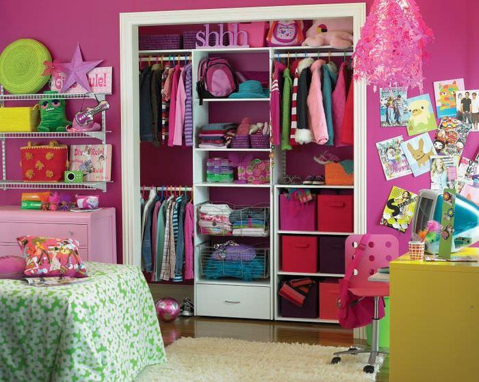 Кладовка в интерьере детской комнаты