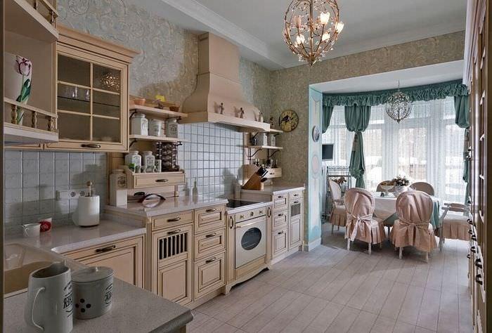 Дизайн красивой кухни в классическом стиле