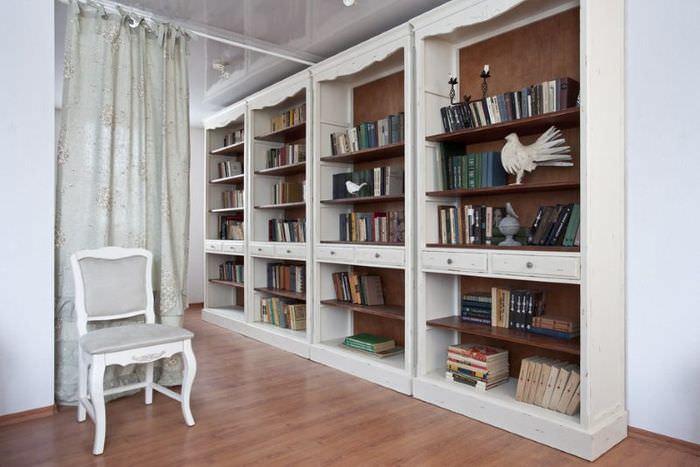 Книжные шкафы белого цвета в стиле прованс