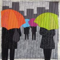Картина с прохожими под дождем для украшения интерьера