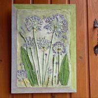 Картина с объемным рисунком на дверце шкафа