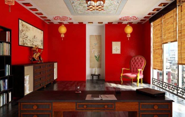 Дизайн домашнего кабинета в красном цвете