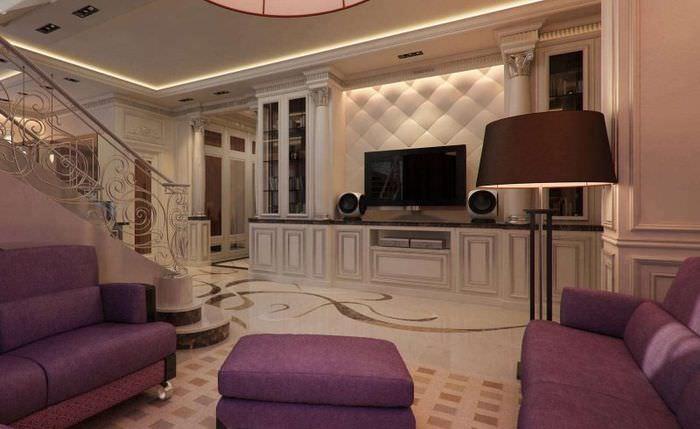 Дизайн большой гостиной на первом этаже двухуровневой квартиры