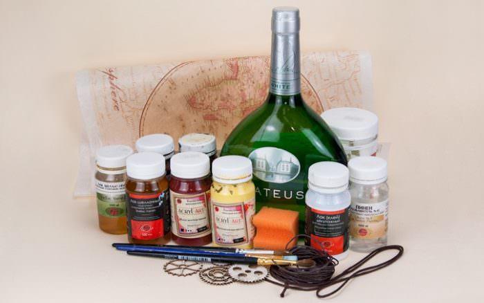 Краски и рисовая бумага для декорирования бутылки на 23 февраля