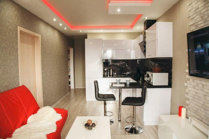 Дизайн кухни-гостиной с маленькой барной стойкой