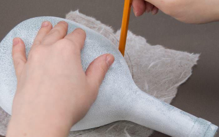 Подготовка выкройки для декупажа стеклянной бутылки