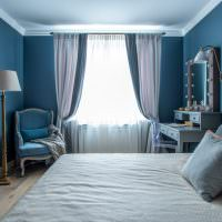 Синяя спальня для молодой девушки