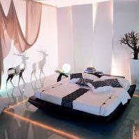 Дизайн спальни с глянцевым полом