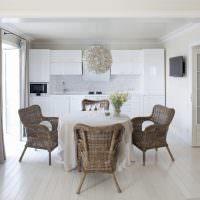 Мебель из ротанга в современной кухне