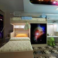 Двухъярусная кровать в современной детской комнате
