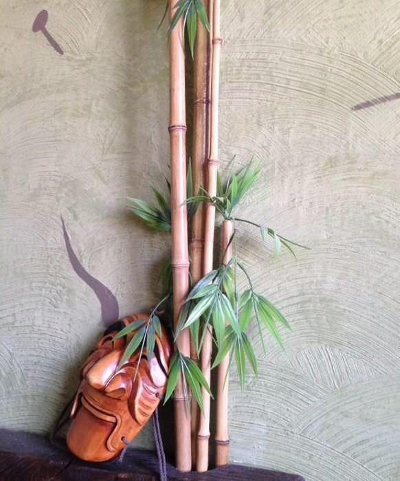 Декор трубы отопления бамбуком своими руками