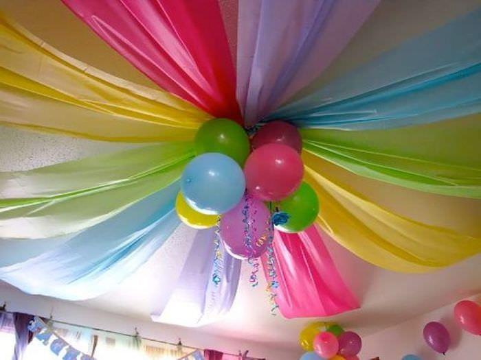 Декорирование потолка для детского праздника