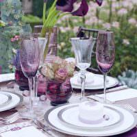 Оформление стола в фиолетовых тонах