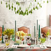 Праздничный стол с живыми растениями