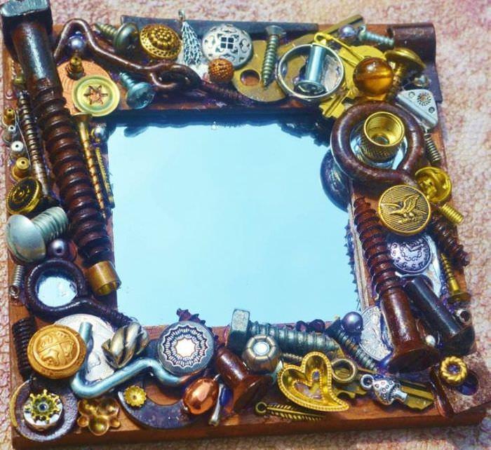 Декор рамы зеркала в стиле стимпанк