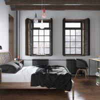 Деревянные ставни на окнах спальни
