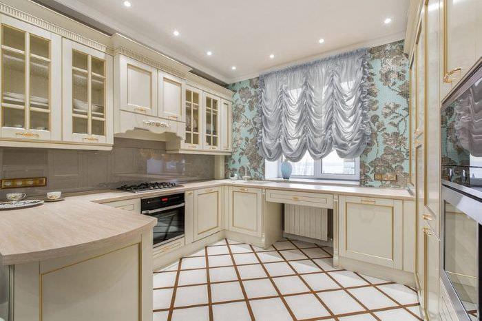 Дизайн кухни с французскими шторами