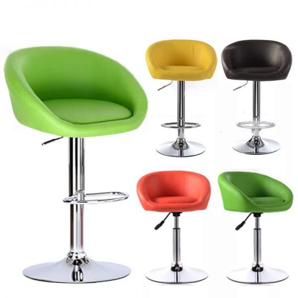 Такие стульчики обычно соответствуют дизайну стойки.