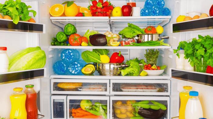 Как часто разморозить холодильник.