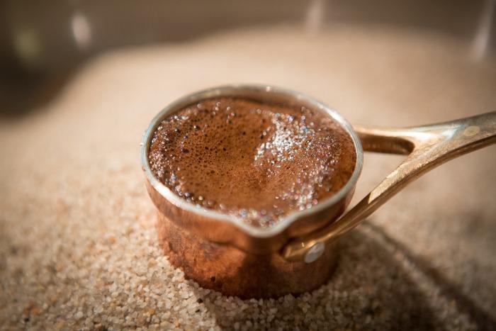 Кофе на песке.