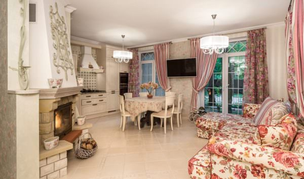 Угловой диван на кухне в стиле Прованс