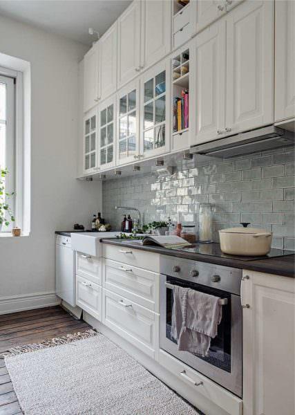 Кухонные столешницы, изготовленные по технологии постформинга