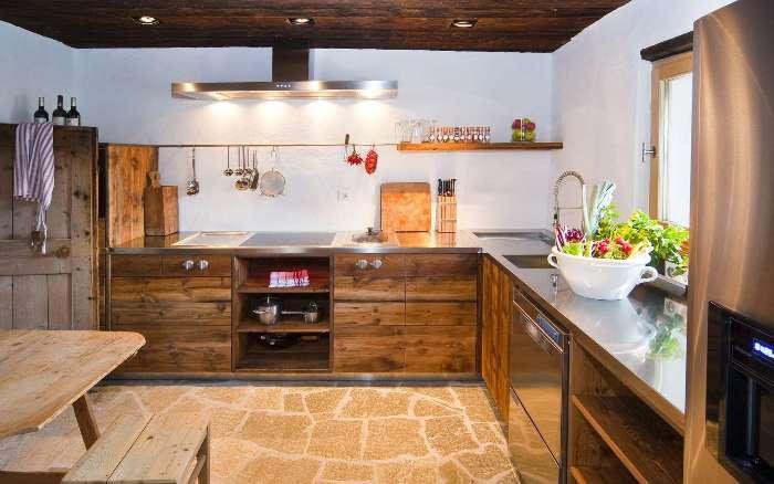 Кухня альпийское шале.