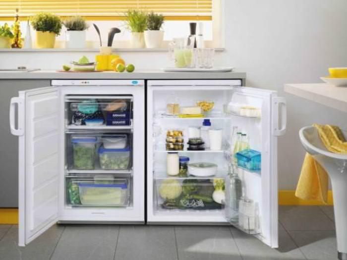 Морозилка холодильника.