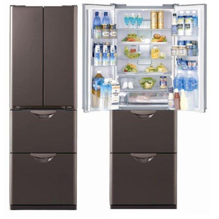 Холодильник с несколькими камерами.