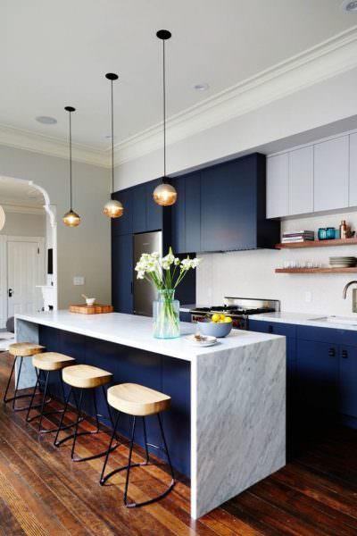 Стильная кухонная столешница мраморная