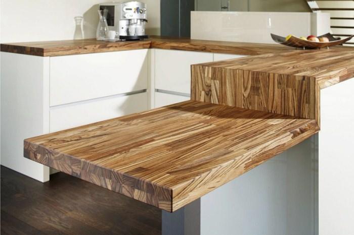 Деревянные столешницы на кухне.
