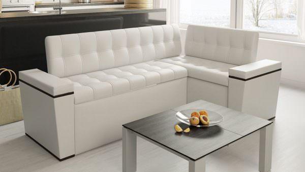 угловой диван на кухню белый