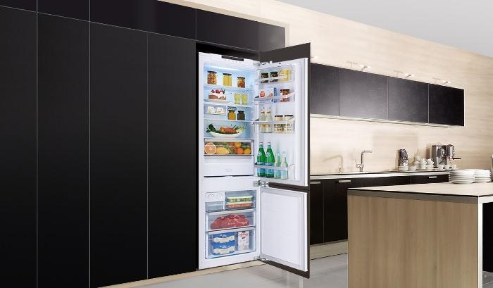 Встраиваемый холодильник.