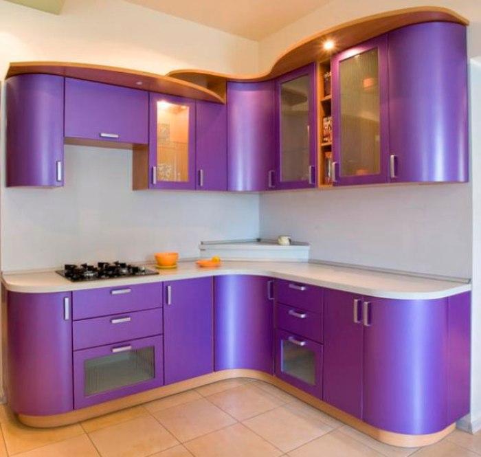 Фиолетовая кухня.