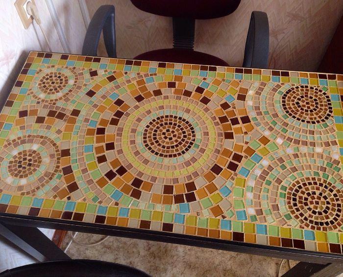 Мозаика для декора стола.