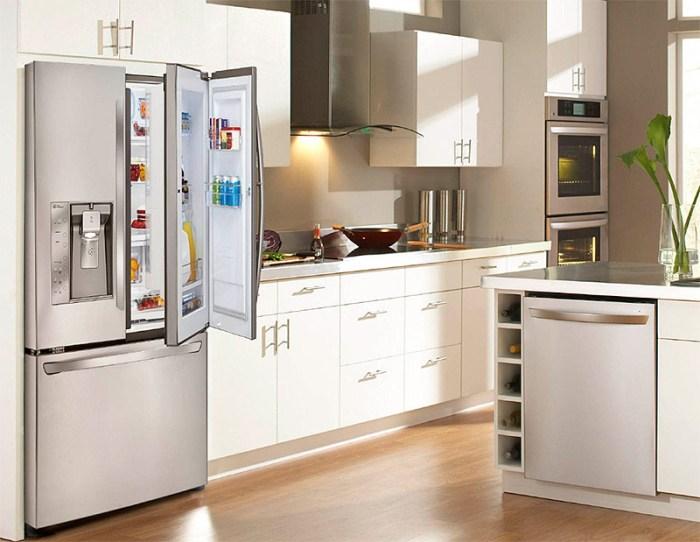Куда установить холодильник.