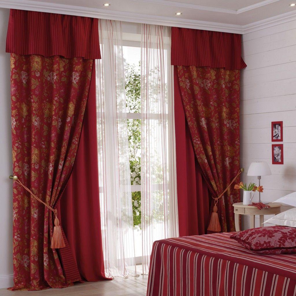 картинки спальни шторами чистого
