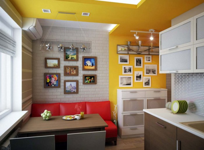 кухня с диваном.