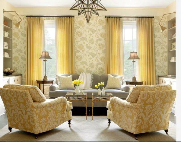 В целях экономии вариант подбора цвета под цвет мебели будет идеальным. Ведь при смене обоев (которые меняются чаще, чем мебель), шторы можно будет не заменять.