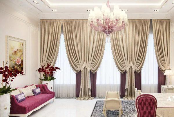 Многослойность и сложные формы, обилие красивых декоративных элементов - классический стиль позволяет разгуляться с идеями любителям пышных штор.