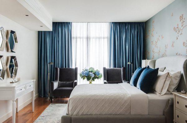 Спальня является особым местом, предназначенным для отдыха и восстановления сил. Поэтому каждая деталь интерьера в ней должна быть продумана до мелочей.