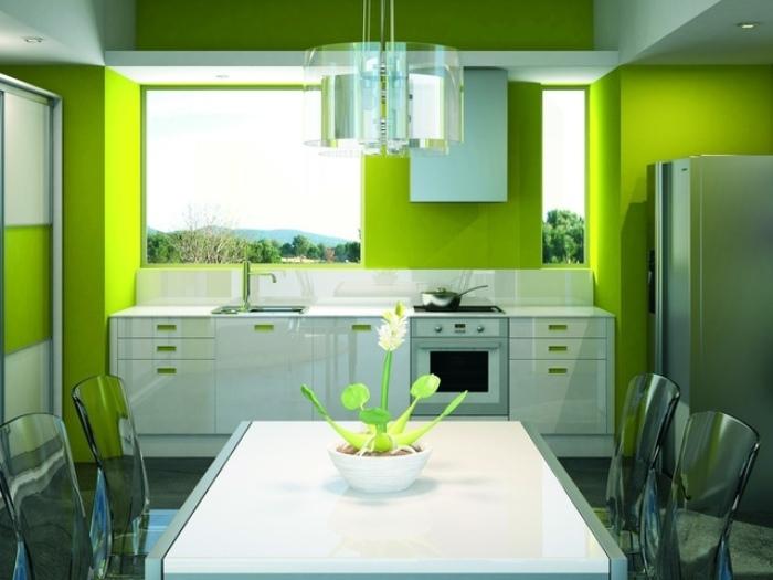 Оттенки зеленого на кухне.