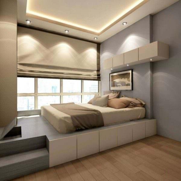 В узкой спальне нужно избегать нагромождения мебели