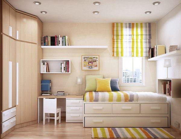 Расстановка мебели в маленькой комнате будет напрямую зависеть от типа комнаты