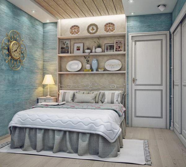 Стиль прованс подойдет настоящим романтикам. Французские мотивы сделают комнату легкой и воздушной.